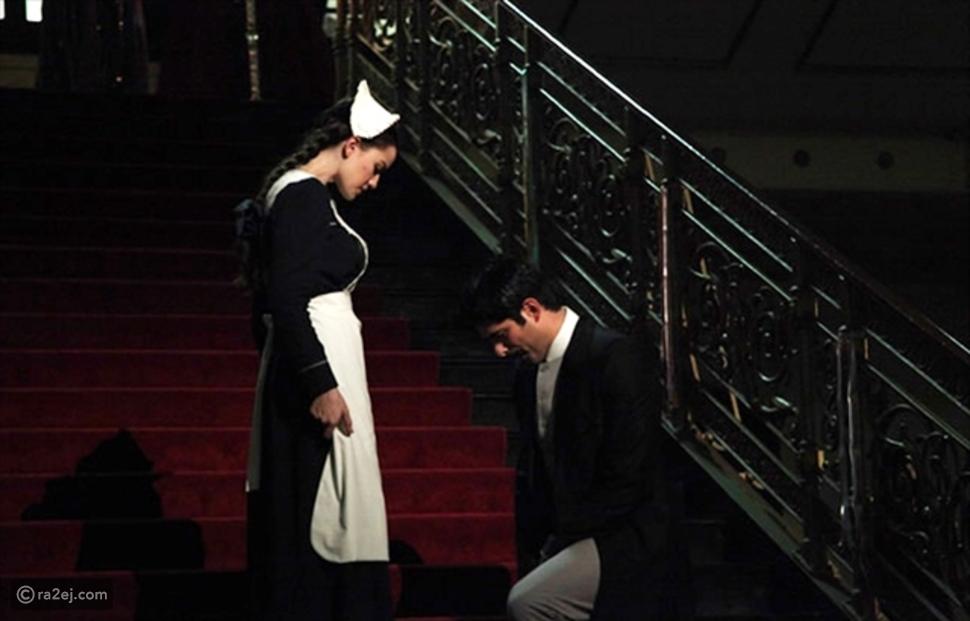 صور بوراك أوزجيفيت (كمال في حب أعمى) يطلب الزواج من حبيبته فهرية إفجان