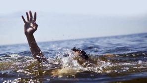 رجل يصارع الموت 96 ساعة في عرض البحر بعد انقلاب قاربه