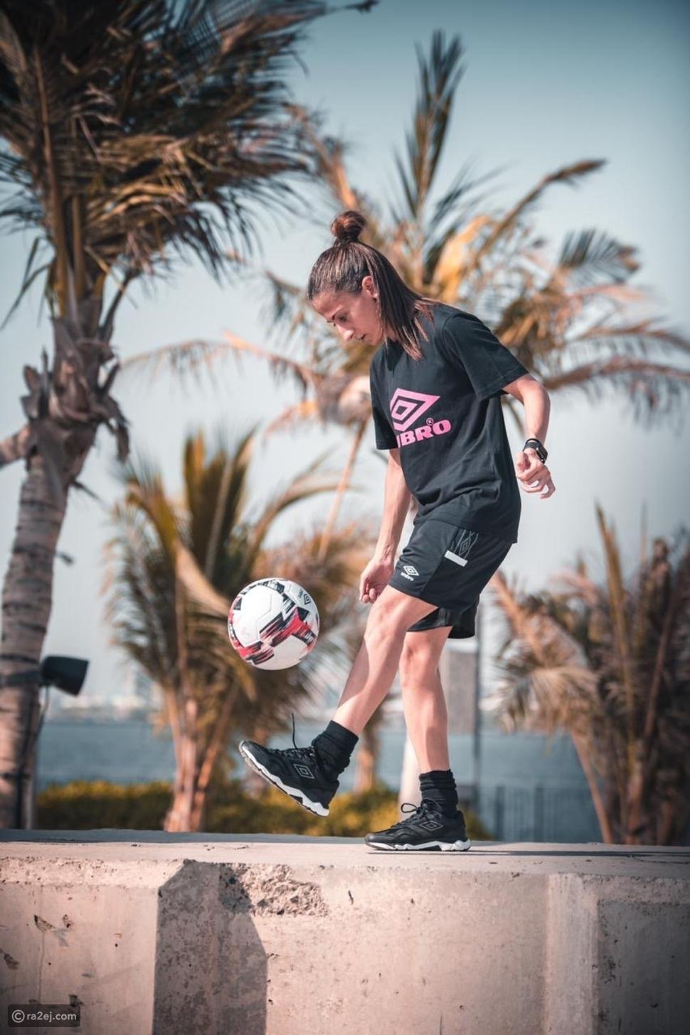 الإماراتية أريج الحمادي تدخل غينيس للأرقام القياسية بلعبة كرة القدم
