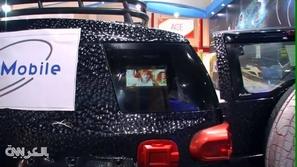 بالفيديو : الأقمار الاصطناعية داخل السيارات في الإمارات