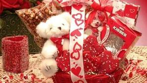 اختبار: ما هي الهدية التي تناسب شخصيتك في عيد الحب؟