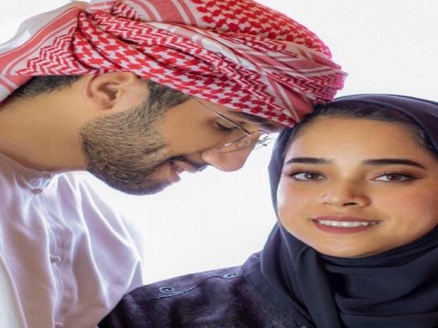 الفنانة الإماراتية
