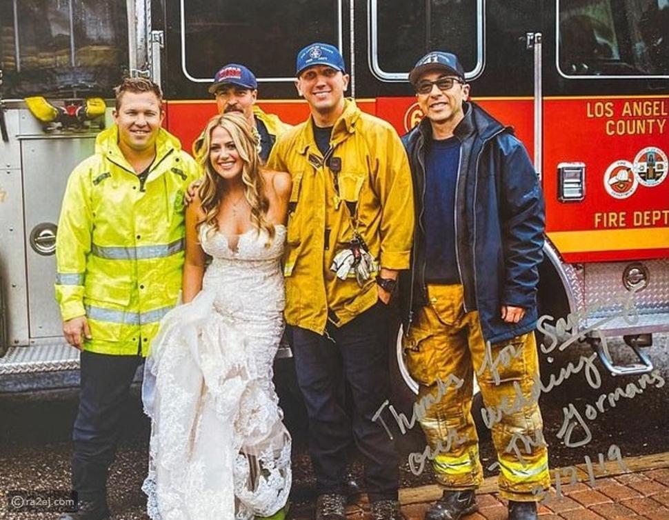 تجاوزت كل التوقعات: عروس تحضر حفل زفافها بسيارة غير متوقعة