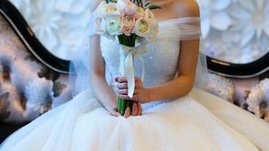 في ظل انتشار كورونا: أغرب طريقة لحفل زفاف في مصر