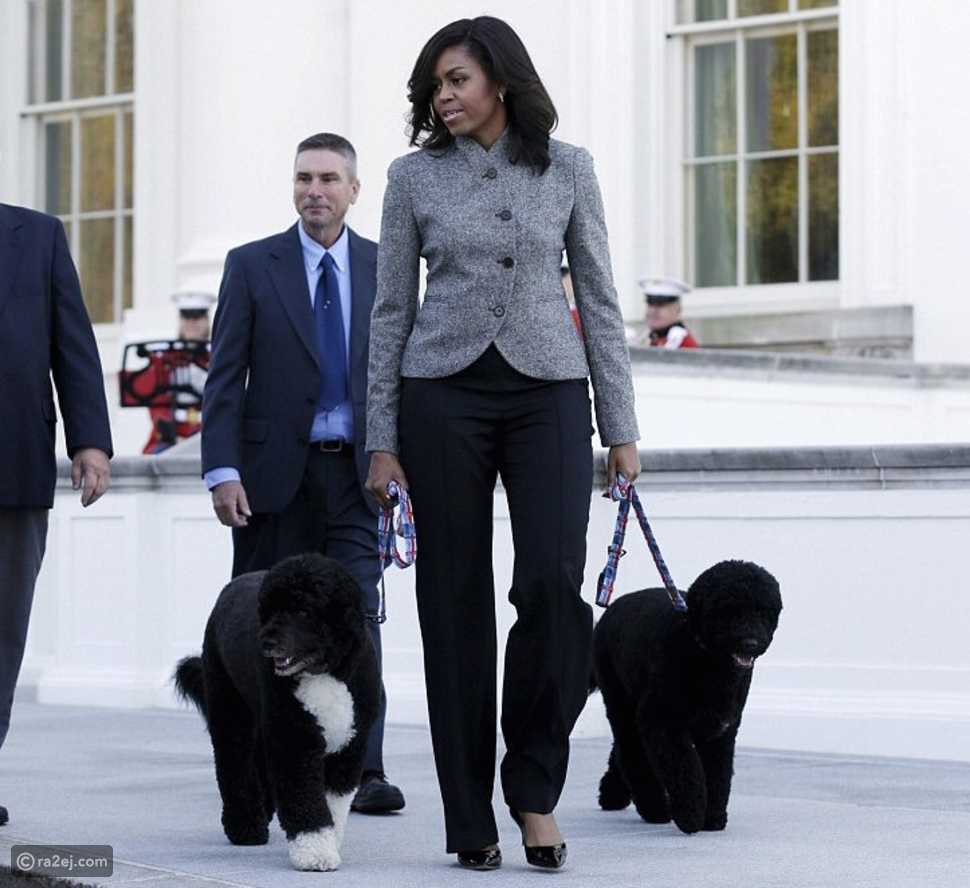باراك وميشيل أوباما يودعان كلبهم المفضل بعد صراعه مع المرض