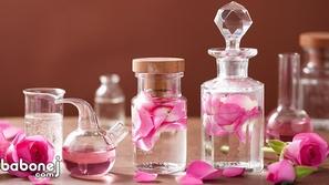 صناعة العطور من رحيق الأزهار والورود