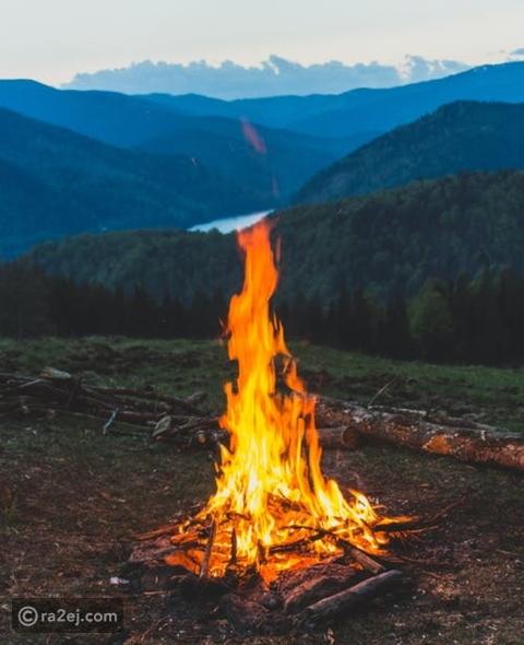 شعر عن النار رائج