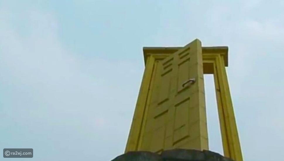 تعرفوا على باب السماء الموجود في الهند.. طوله لا يصدق!