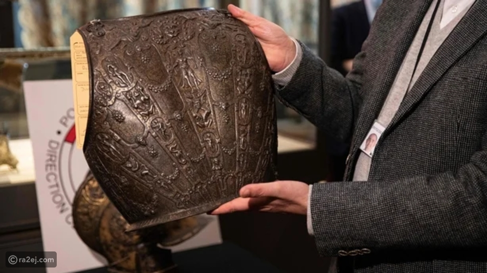 متحف اللوفر: استعاد درعًا من القرن السادس عشر بعد 40 عام من السرقة