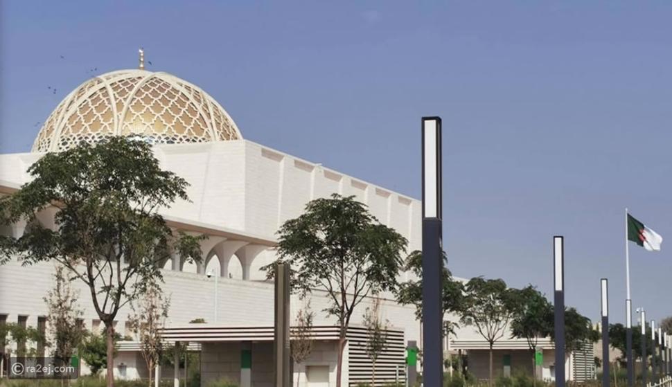 فيديو مؤثر: رفع الآذان بالمسجد الأعظم في الجزائر لأول مرة