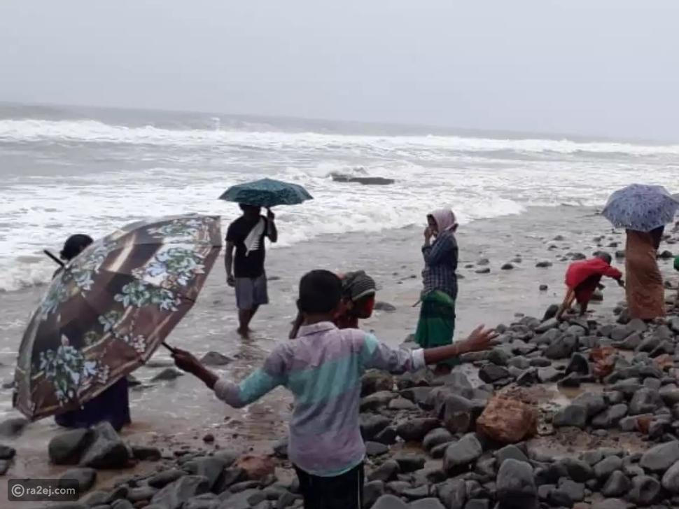 إعصار يجلب قطعًا من الذهب إلى أحد الشواطئ الهندية: أين ذهبت الأمواج؟