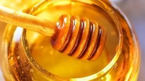 تعرفوا على المسن التركي الملقب بملك العسل.. لم يذهب إلى الأطباء إلا مرة واحدة!