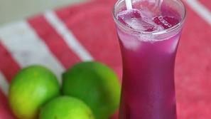 دراسة طبية: هذا العصير يقيك من الإصابة بالزهايمر