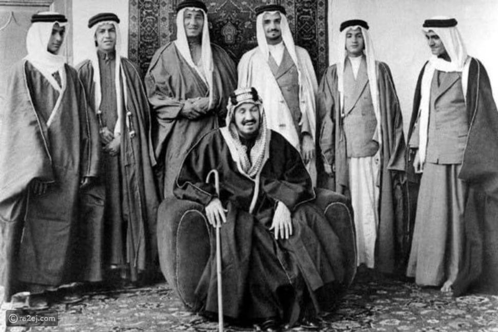 صورة نادرة لأبناء الملك المؤسس عبدالعزيز: عمرها 80 عامًا