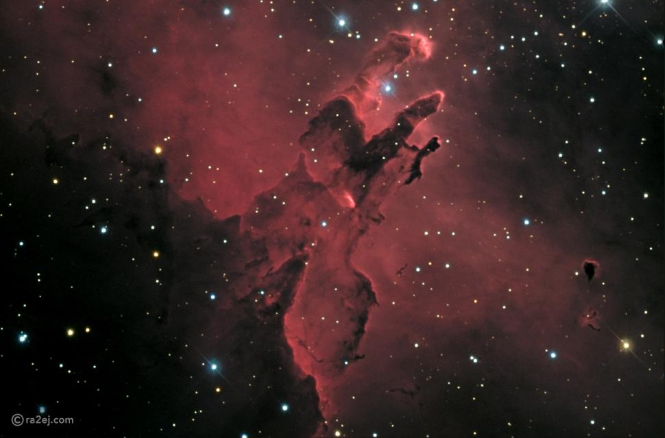 """تعرف على """"أعمدة الخلق"""".. أجمل صورة فلكية التقطها تليسكوب """"هابل"""" في التاريخ"""