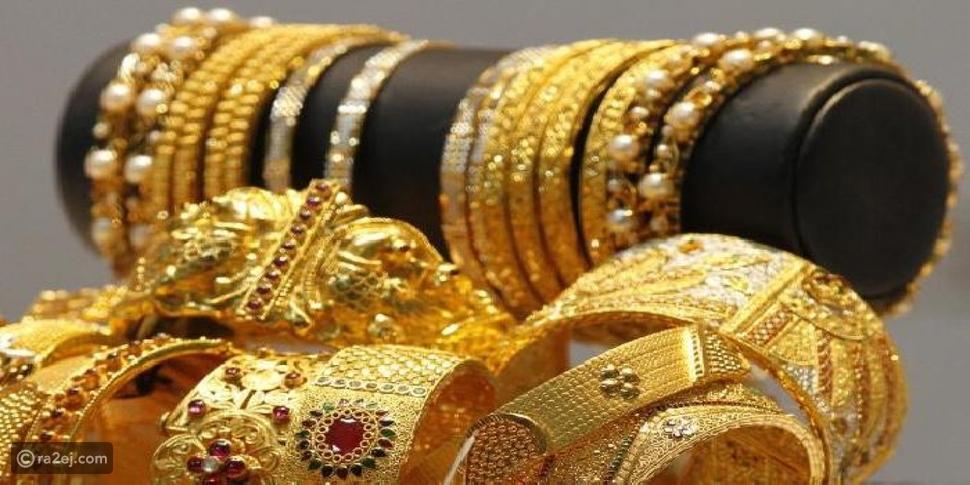 فتاة تسرق مجوهرات خطيبها في الجزائر.. والسبب ابن عمها