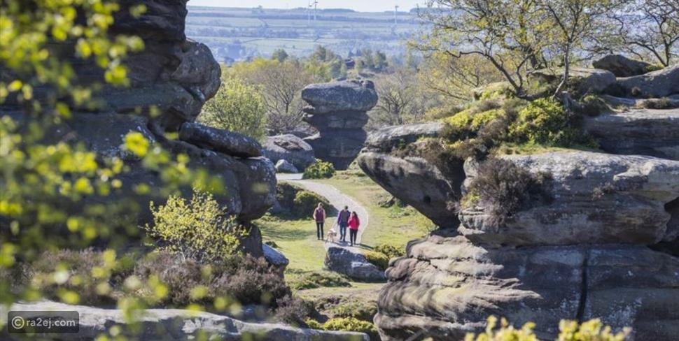 صور: صخور في منطقة بإنجلترا تتحدى قوانين الجاذبية