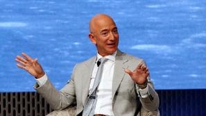 سر ثروة جيف بيزوس: كيف أصبح بائع الكتب أغنى رجل في العالم؟