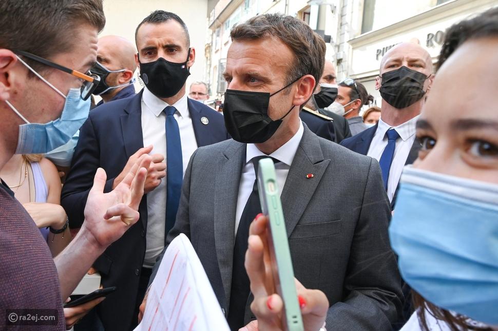إيمانويل ماكرون: من هو الشاب الذي صفع الرئيس الفرنسي على وجه؟