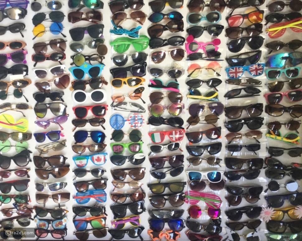 صاحبة أكبر مجموعة من النظارات الشمسية في العالم تستعد لبيعهم: ما السر؟