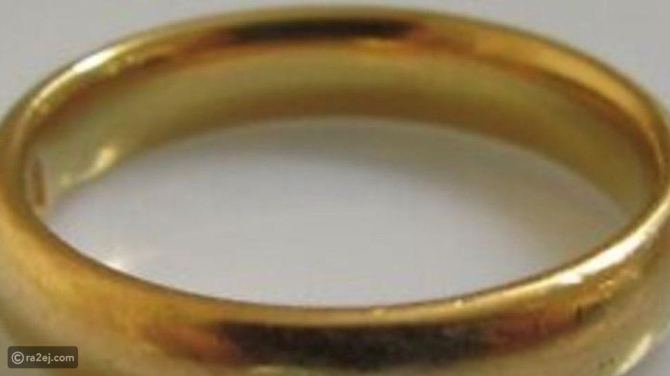 سيدة بريطانية تتعرض لموقف غريب: اختفاء خاتم زفافها أثناء احتضارها