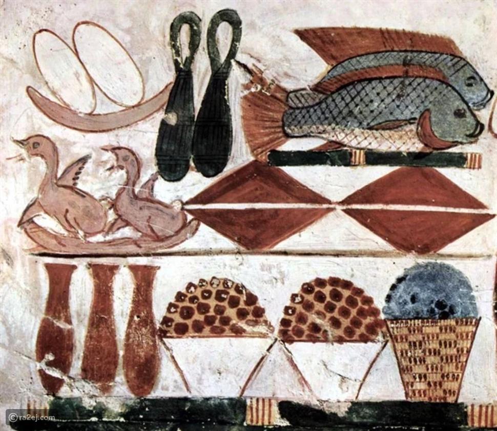 شم النسيم: لهذا السبب اعتادوا الفراعنة على تناول البصل مع السمك المملح