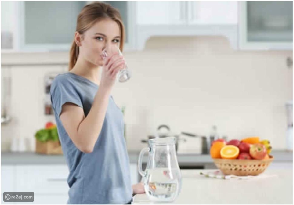 شرب كمية كافية من الماء له فوائد صحية عديدة