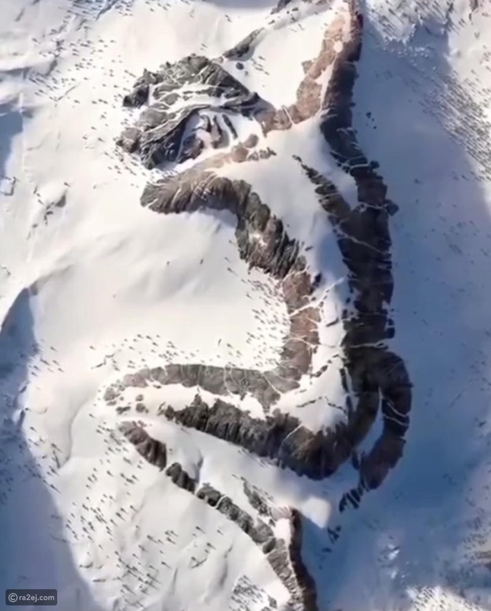 السيدة النائمة تثير الحيرة على جبل ألاسكا: قصة أسطورية خلفها