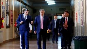 لبضع ساعات: رئيس الأرجنتين يعود إلى وظيفته القديمة