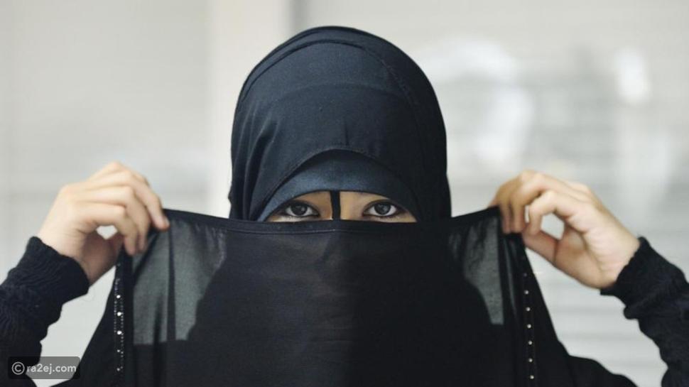 فيديو تصرف غير مقبول من امرأة سعودية يثير الجدل بشدة!