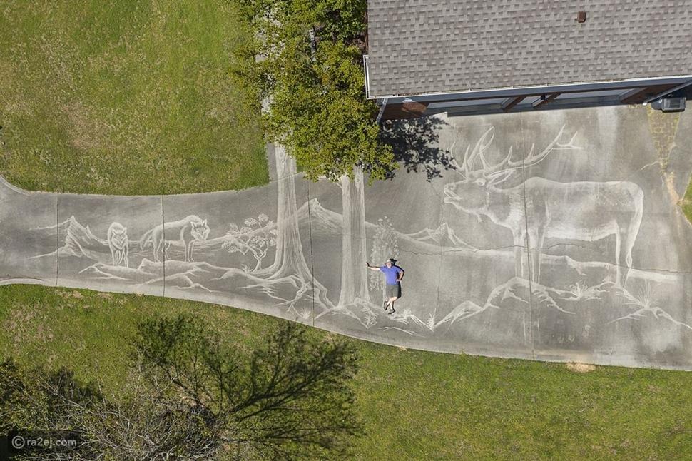اللوحة المرسومة بالماء تم تصويرها باستخدام طائرة درون