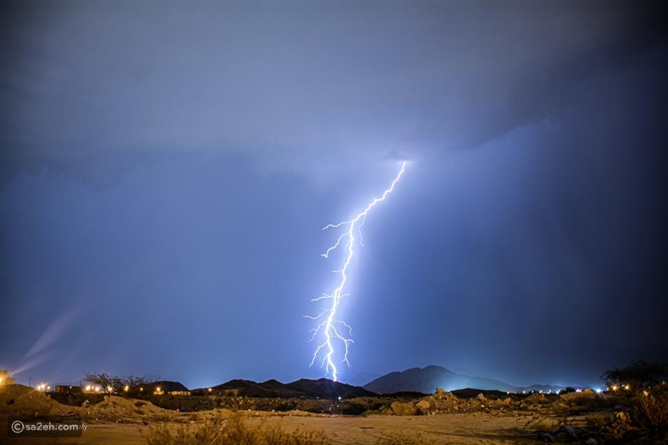 البرق ليلة عرفات من تصوير محمد الهذلي