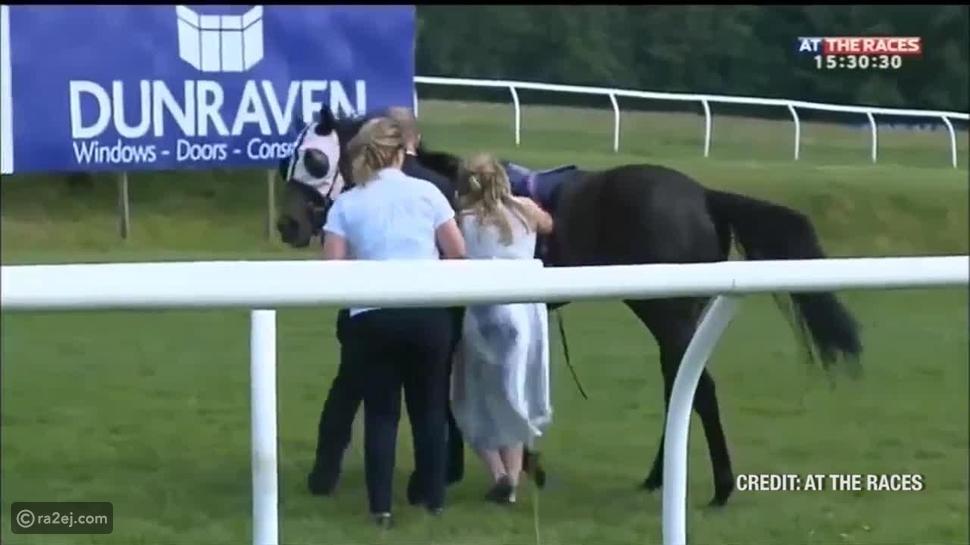 فيديو: شاهد كيف واجهت هذه الفتاة حصانًا هائجًا ?
