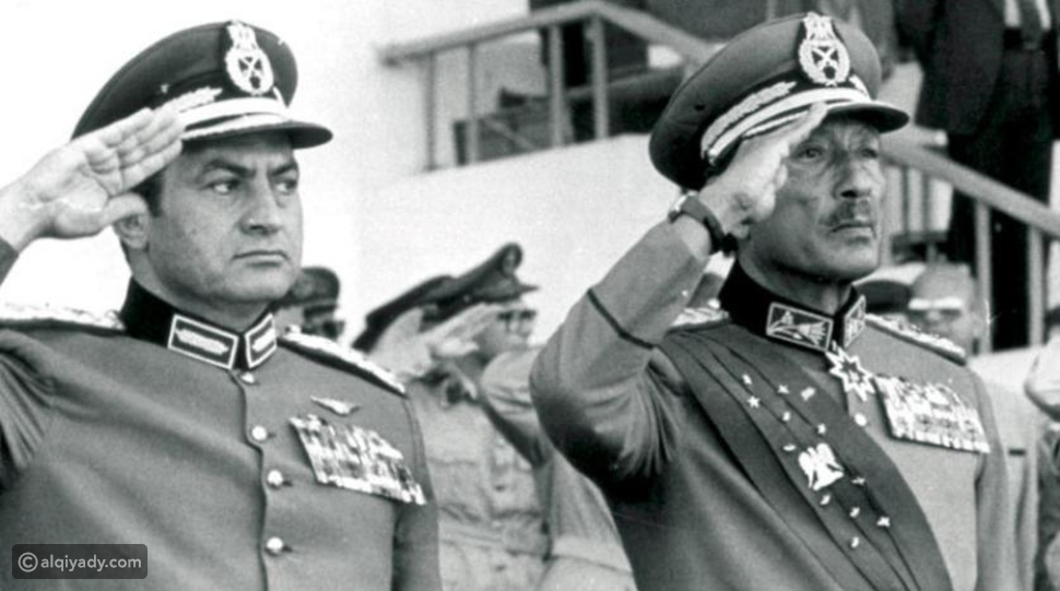 خلال 92 عاماً: 3 مواقف هزت حسني مبارك لدرجة البكاء
