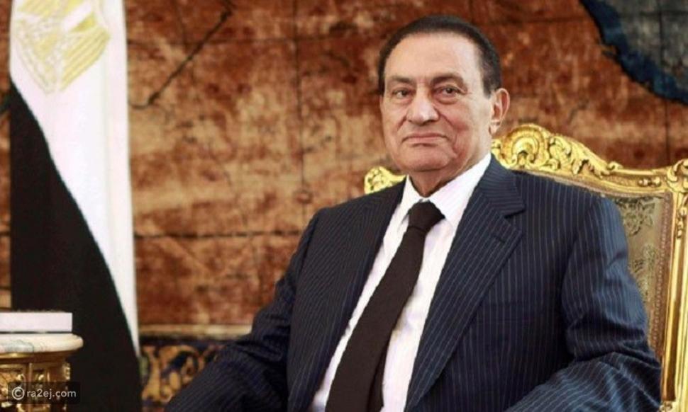 بالفيديو: رئيس مصري سابق يظهر ككومبارس في فيلم سينمائي
