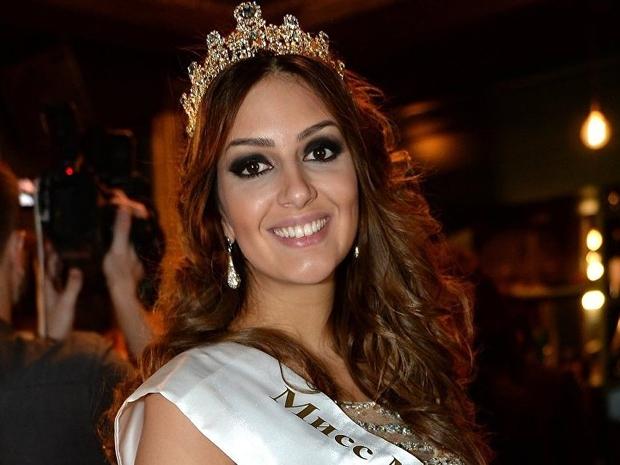 خلال حفل تتويج ملكة جمال موسكو